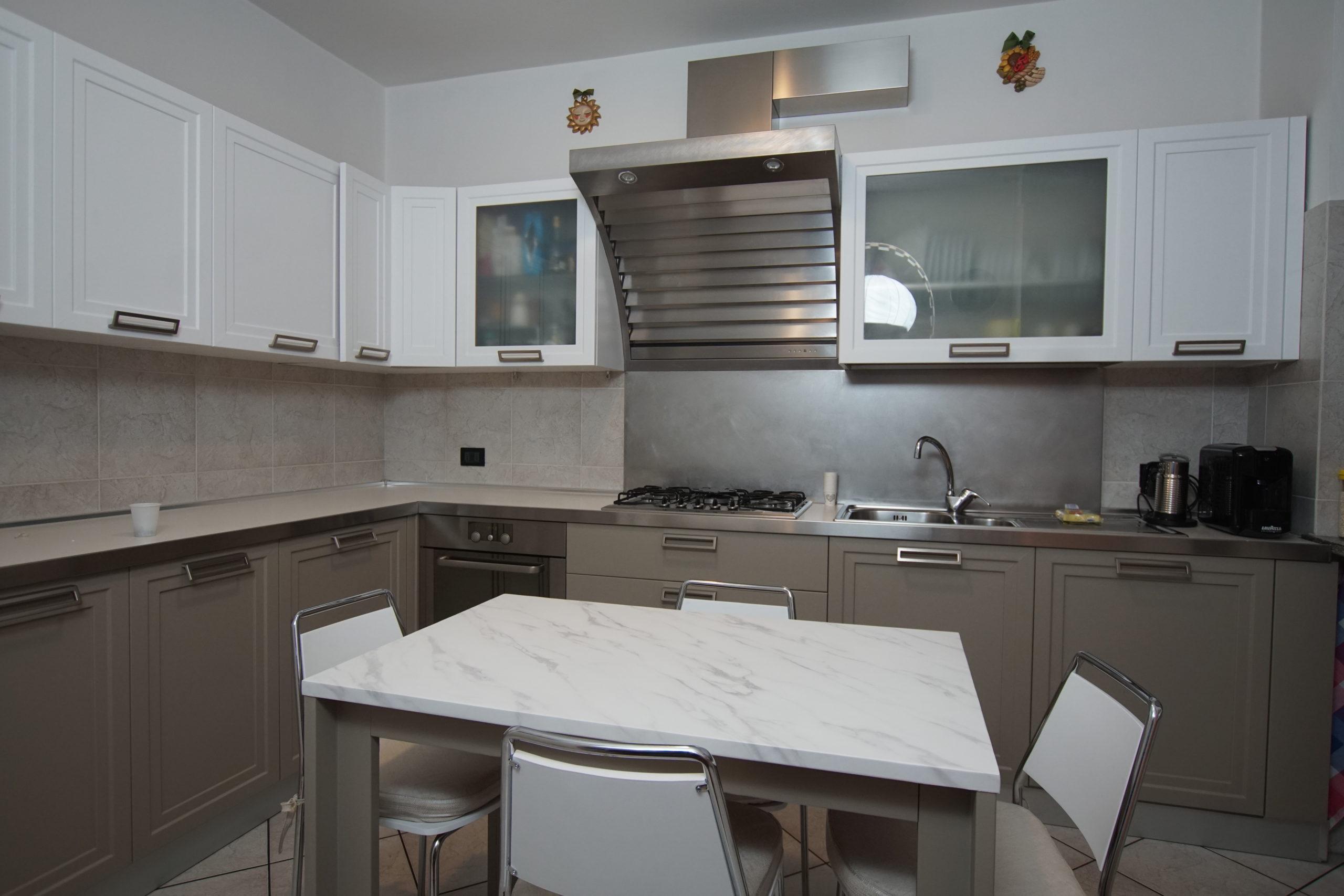 Rinnovo cucina Cisliago